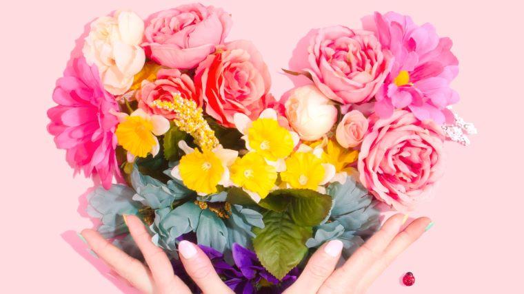 ハート形の花束の画像