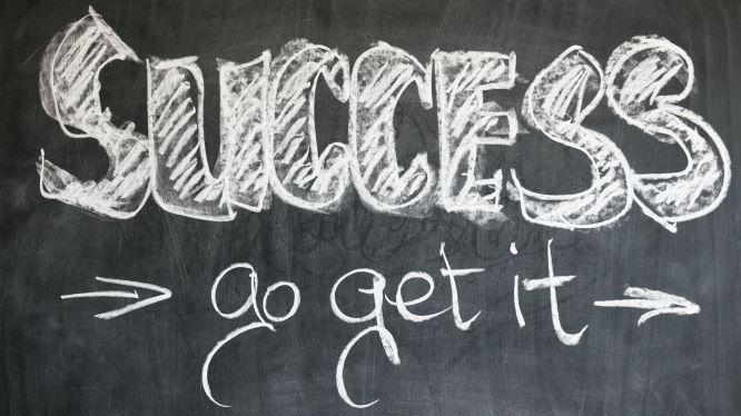 successと書かれたボードの画像